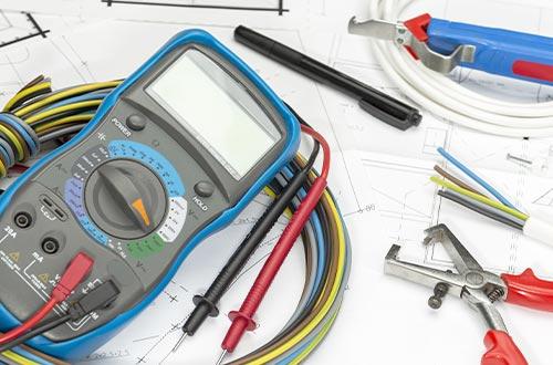 Messgerät und Werkzeuge zum Messen der Energieffizienz
